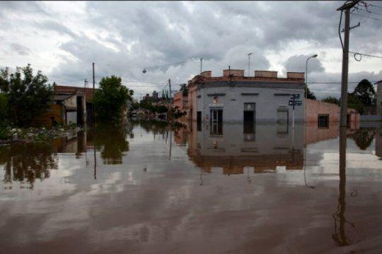 presentan un proyecto de ley para paliar las consecuencias de las inundaciones en el litoral y noroeste del pais