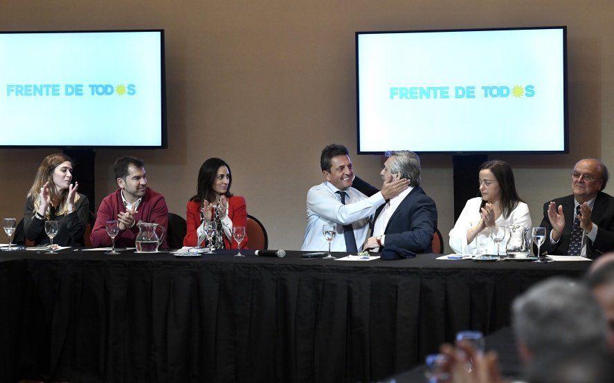 Con la presencia de Alberto Fernández, Massa reunió a sus candidatos para delinear la campaña