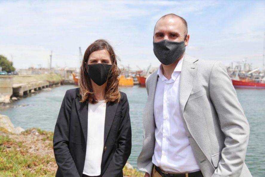Fernanda Raverta y Martín Guzmán anunciaron obras para el puerto de Mar del Plata.