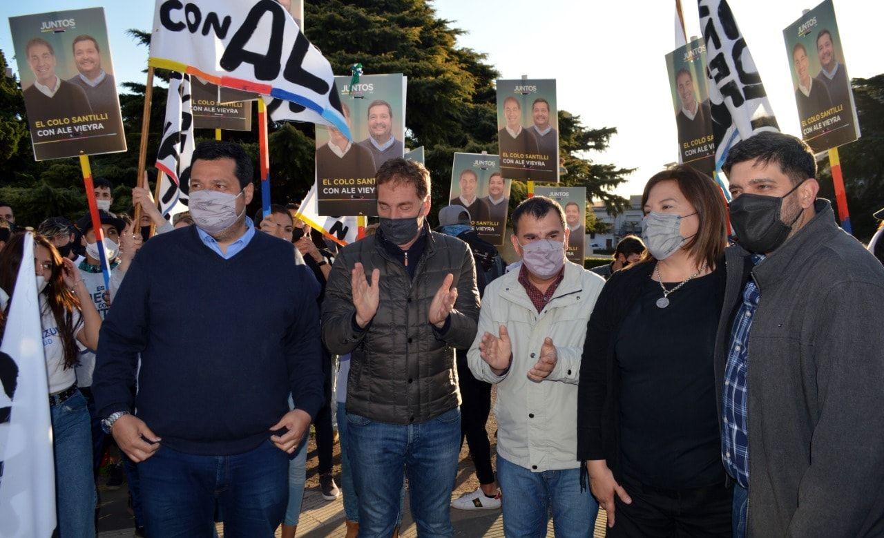"""Azul: el candidato de Bertellys """"no se baja"""" y crece la tensión con la UCR ( Foto Facebook Juntos Azul)"""
