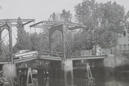 un recorrido en imagenes por la historia del puente holandes de ensenada