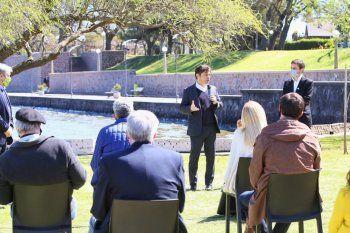 El gobernador Axel Kicillof en Chascomús, donde se anunció que Tandil quedaba excluído del Fondo para la Cultura y el Turismo.