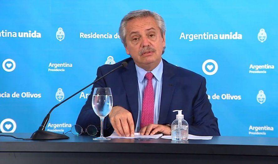 Alberto Fernández habla en cadena nacional en un nuevo día de protestas de la policía.