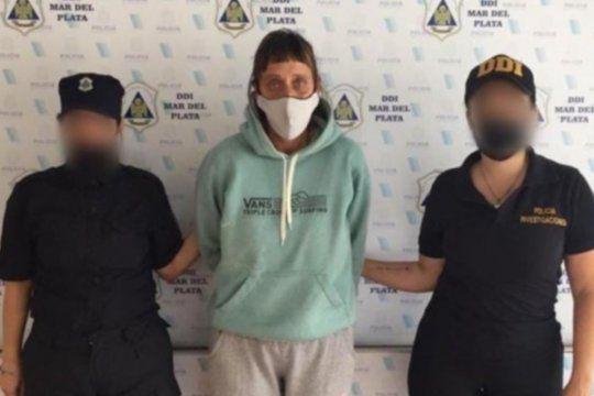 La mujer de 43 años cayó al cobrar 60.000 pesos de la extorsión