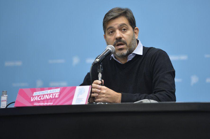 Carlos Bianco dijo que por pedido de los intendentes, las actividades nocturnas cierran a las 3 AM y habrá colectivos vacunatorios