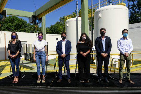 Kicillof participó esta mañanade la inauguración de obras cloacales y de agua potable en el barrioItatí de Quilmes