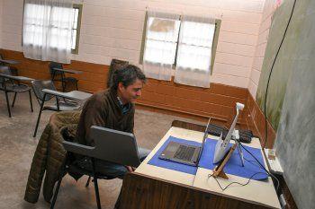 Nahuel es el primer preso bonaerense recibido de abogado vía remota.