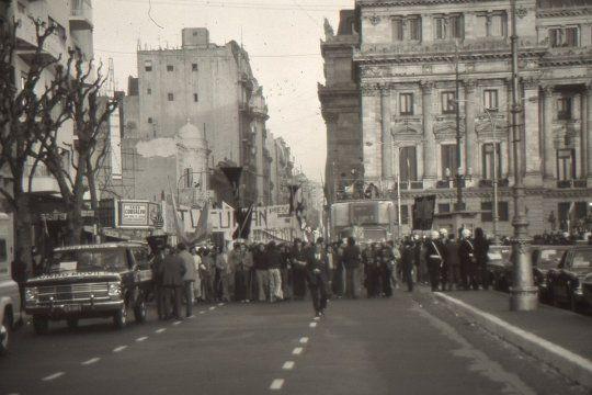 La historia de Néstor García Enrique: fotógrafo, militante y músico desaparecido