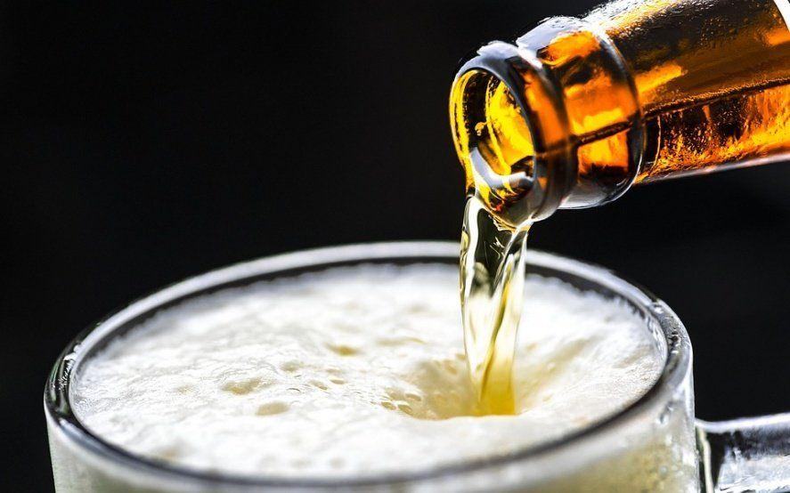 """Prohíben en todo el país la venta de una cerveza rotulada falsamente como """"libre de gluten"""""""