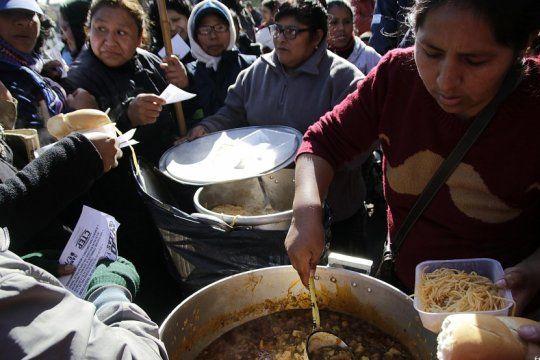 revelan que el 30% de la poblacion del conurbano recibe asistencia del estado