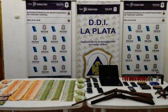 Los elementos incautados en los dos allanamientos en Florencio Varela