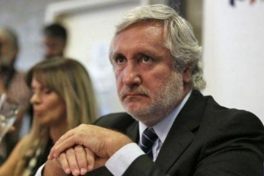 Otra denuncia golpea de cerca al procurador Julio Conte Grand