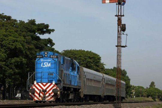 ferrobaires: los trenes bonaerenses ya pertenecen a nacion y trabajadores anuncian movilizaciones