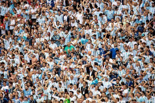 Los hinchas volverán a alentar a Argentina en el Monumental.
