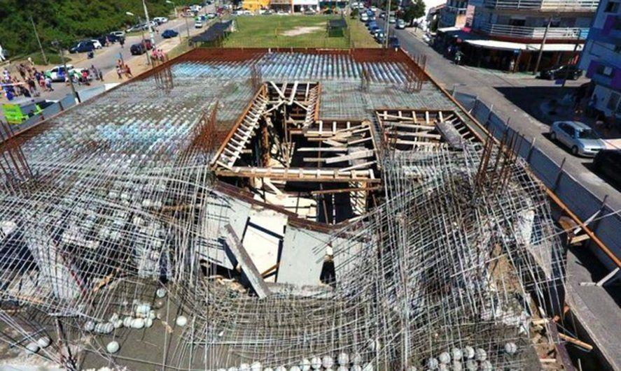 En el derrumbe de Santa Teresita murieron seis obreros y la empresa constructora era del organizador de la fiesta clandestina en Nordelta.