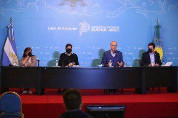 De izquierda a derecha: Teresa García, Carlos Bianco, Daniel Gollán y Nicolás Kreplak, participaron del anuncio de la nueva herramienta desarrollada por la Provincia.