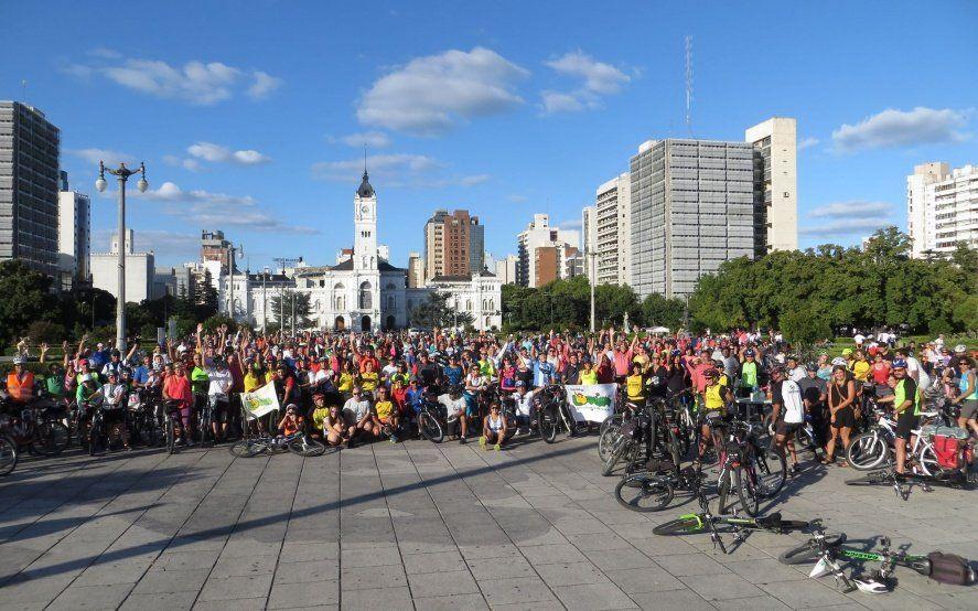 Bicicleteada masiva: más de 20 grupos de ciclistas salen a la calle a pedir seguridad