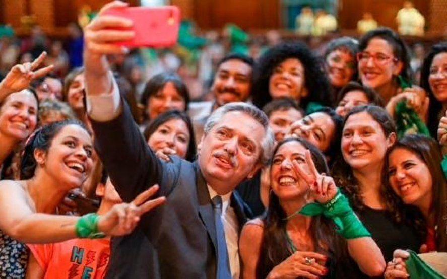 """Alberto Fernández enviará """"cuanto antes"""" un proyecto para legalizar el aborto al Congreso"""