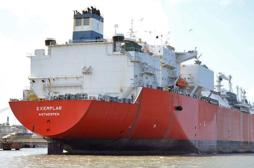 Para Gay el posible regreso del buque regasificador significa el estancamiento