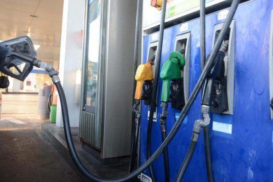 ypf aumento 4,5% en promedio los precios de sus combustibles