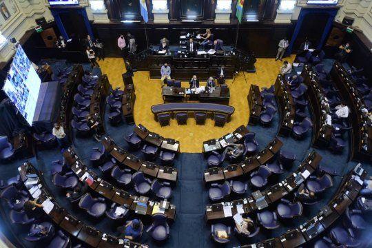 Posponen el tratamiento del Presupuesto eImpositiva pero diputados preparan sesión