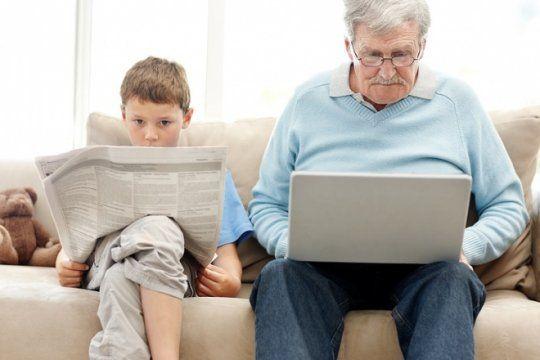 del balero al tinder: ¿cuanto se conocen jovenes y adultos?