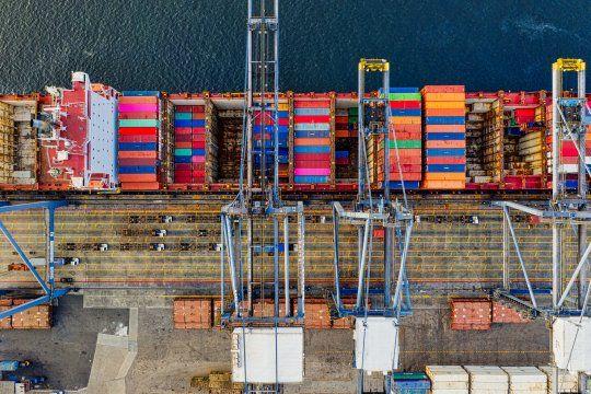 Balanza comercial: tanto las exportaciones como las importaciones aumentaron