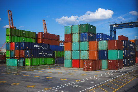 Las exportaciones y importaciones tuvieron resultados dispares