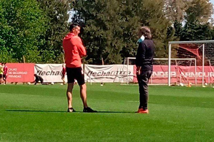 Zielinski y Quatrocchi, antes de la prática de Estudiantes en City Bell.