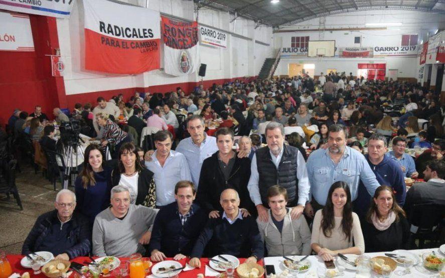 Garro y Salvador encabezaron un acto ante cientos de militantes radicales
