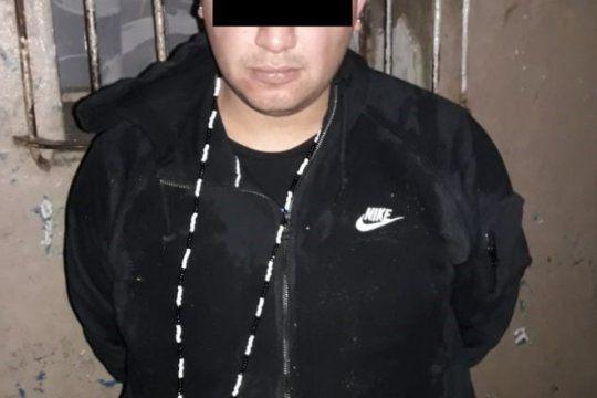 robo con toma de rehenes termino con un detenido y tres profugos en quilmes