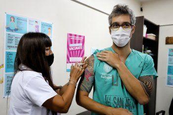 Sahar Tal Benzecry estuvo entre los primeros trabajadores de la salud en recibir la vacuna contra el Coronavirus.