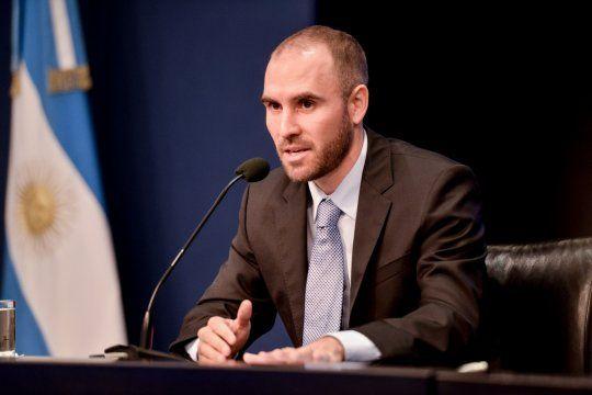 Guzmán habló sobre la sostenibilidad de la deuda y realizó una aclaración