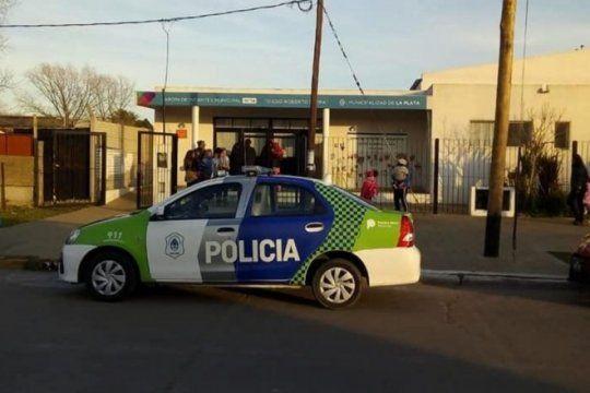 vandalos entraron a robar en un jardin de infantes de la plata y causaron destrozos