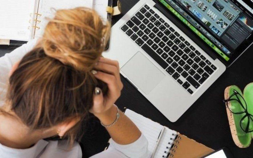 """""""El Síndrome de Burnout"""", la enfermedad relacionada al trabajo que afecta a casi la mitad de los argentinos"""