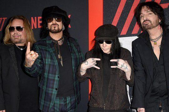 motley crüe: la banda de hard rock anuncio su regreso a los escenarios. mick mars, la gran duda