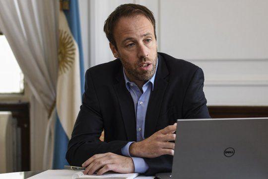 Pablo López había asegurado que tendríamos que dejar de hacer obras por dos años para pagar la deuda. Los bonistas lo desmintieron.