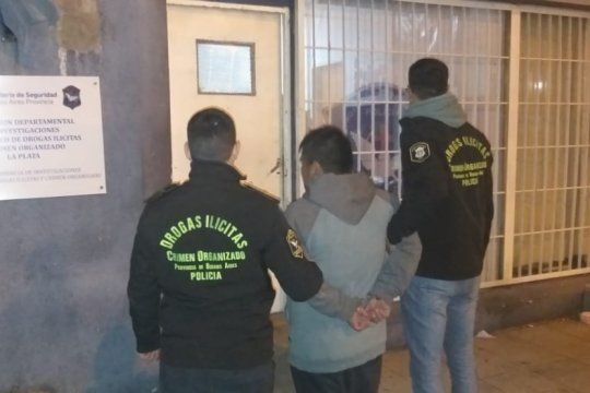 berisso: cayo un hombre peruano que buscaban desde el ano pasado por vender drogas