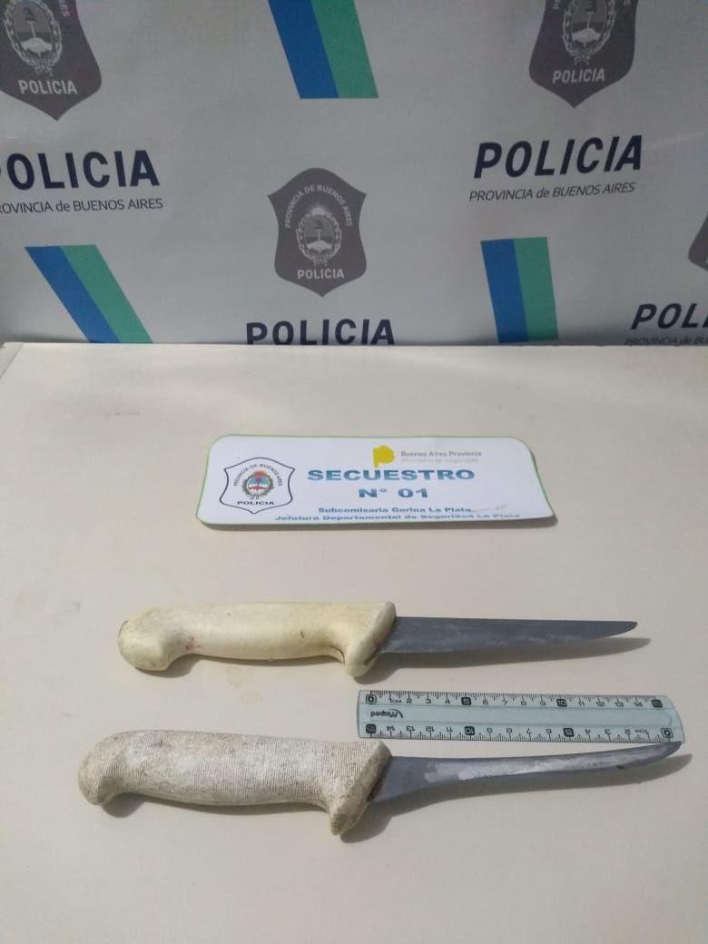 Las armas blancas incautadas en el procedimiento policial