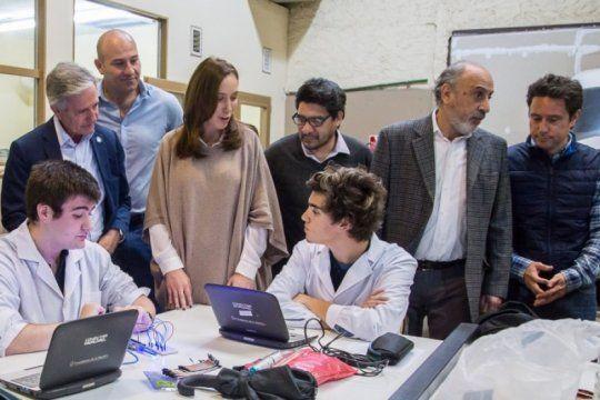 hay mas de 400 mil usuarios conectados a internet en escuelas publicas bonaerenses