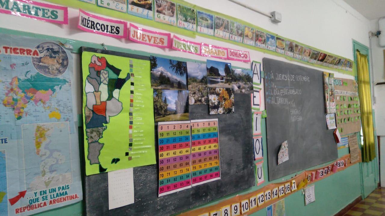 Los internos donaron dos mapas y 40 abecedarios en braille