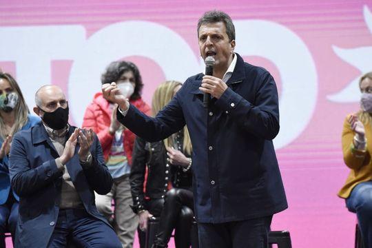 """El presidente de la Cámara de Diputados, Sergio Massa, explicó los beneficios del proyecto """"Un puente al empleo"""""""