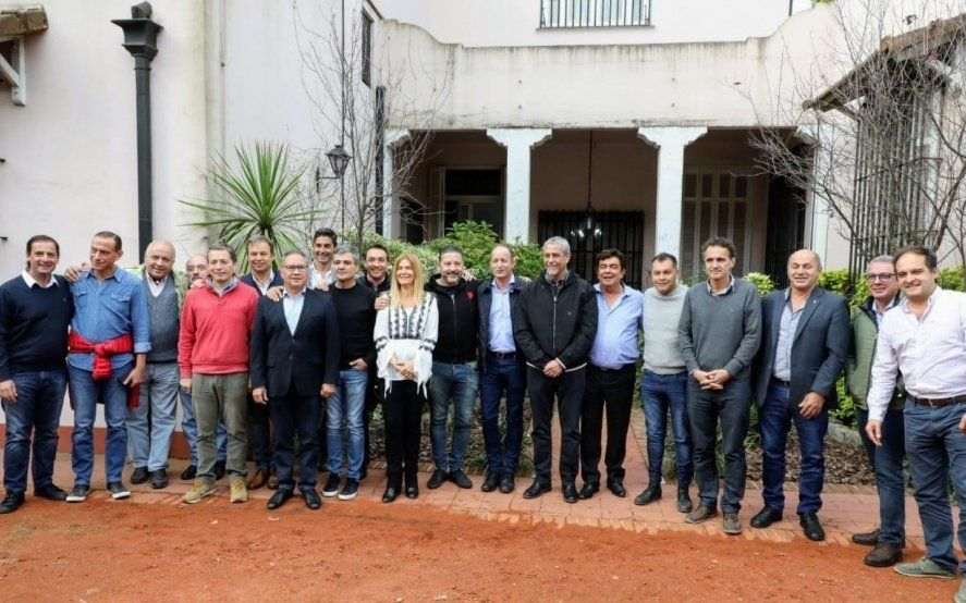 En una jornada con CFK en boca de todos, intendentes del PJ empiezan a debatir la candidatura a gobernador