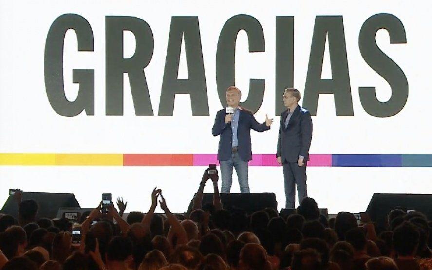 """Macri reconoció la derrota, felicitó a Fernández y lo invitó a empezar una """"transición ordenada"""""""