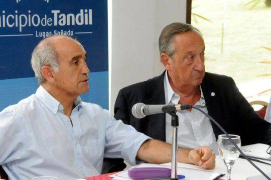 El Comité provincial de la UCR respaldó al intendente de Tandil, Miguel Lunghi.