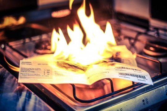juntan firmas para que el gobierno de marcha atras con los aumentos en las tarifas de gas