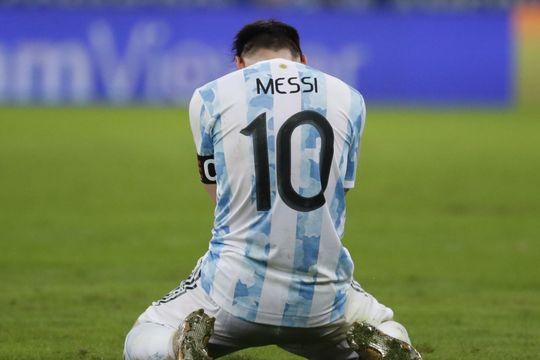 Rezo por vos: La lesión de Messi podría comprometer su presencia en la Selección.