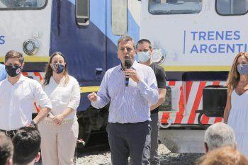 El presidente de la Cámara de Diputados de la Nación, Sergio Massa, participó del viaje de prueba del tren que vuelve a unir a General Guido con Pinamar.