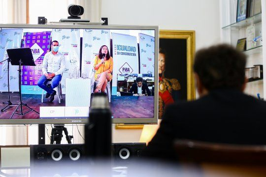 Kicillof participó de la presentación a través de una videoconferencia.