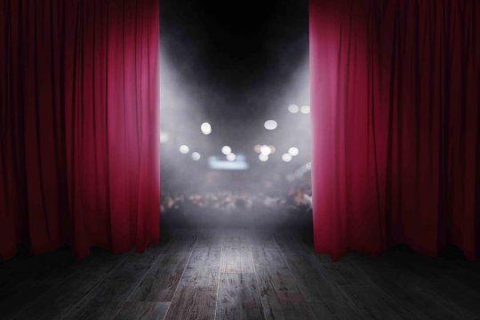 La mujer habría fallecido en la zona de camarines del Teatro Corrientes de Mar del Plata.